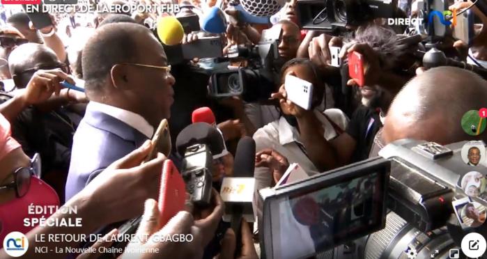 Affi à son arrivée à l'aéroport FHB, image direct NCI