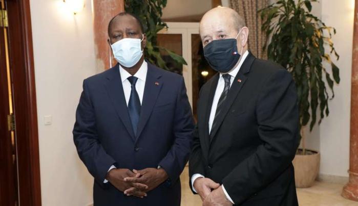 Jean Yves le Drian à Abidjan, symbole d'une amitié solide