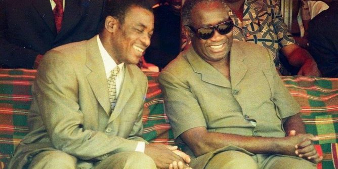 Affi N'guessan et Laurent Gbagbo en 2000 à Bangouanou