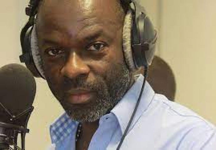Yves de M'bella présentateur radio-télé