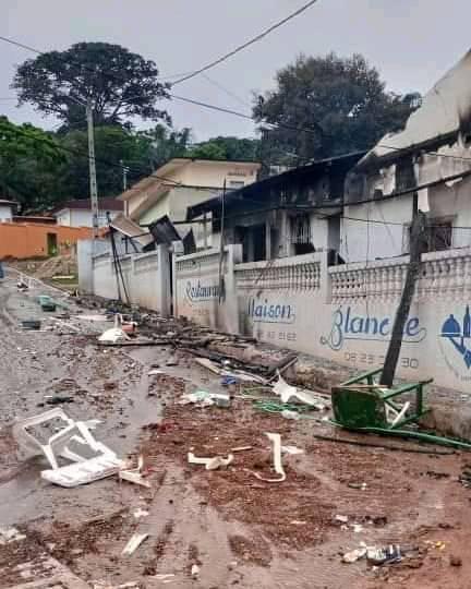Maquis Maison Blanche incendié à Bongouanou, abidjan4all