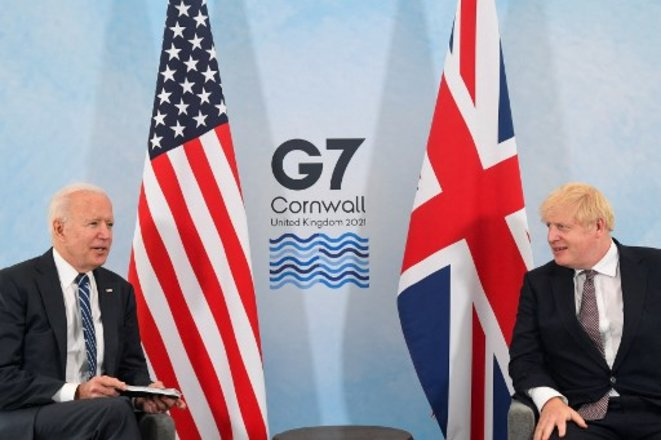 Joe Biden et Boris Johnson au sommet du G-7 en Cornouailles le 10 juin © Toby Melville/ AFP