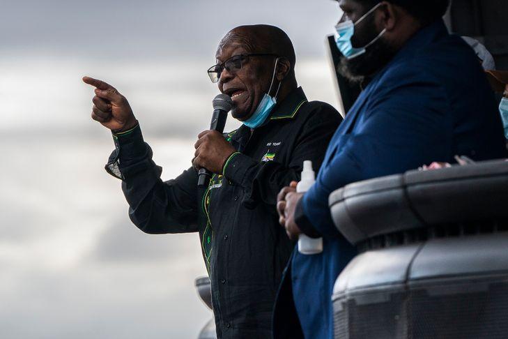 L'ANC déchire aujourd'hui entre défenseurs de Jacob Zuma au centre et partisans de president actuel Cyril Ramaphosa, credit photo La Croix