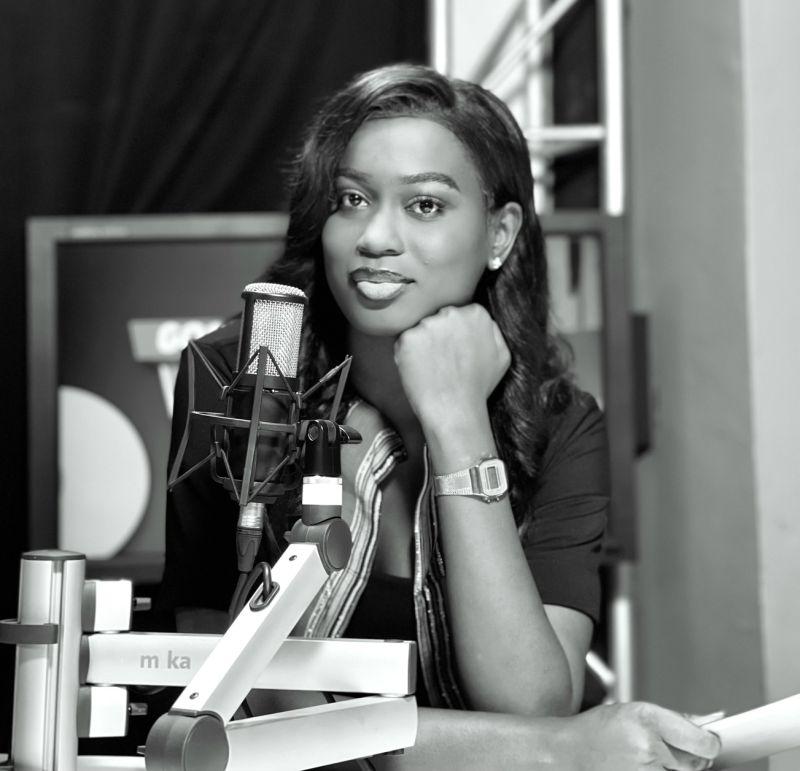 Astou Dione, Journaliste
